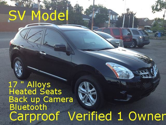 2012 NISSAN Rogue SV Back Cam /Heated Seats in Hamilton, Ontario