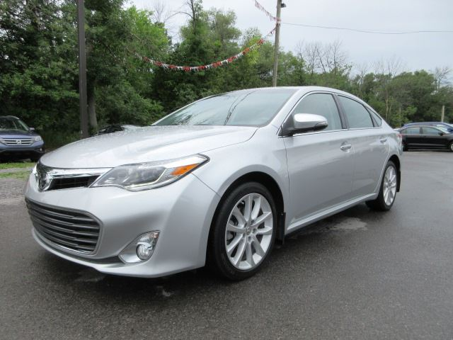 2014 toyota avalon limited leather roof nav 49k stittsville ontario car for sale 2534846. Black Bedroom Furniture Sets. Home Design Ideas