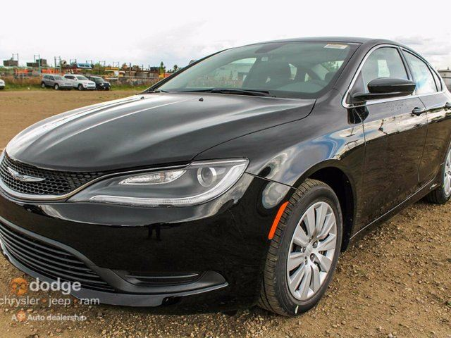 2015 chrysler 200 lx 2 4l tigershark 9 speed automatic. Black Bedroom Furniture Sets. Home Design Ideas