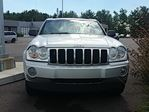 2006 Jeep Grand Cherokee Limited 4X4 CUIR TOIT BLUETOOTH CAMn++RA HITCH in Joliette, Quebec