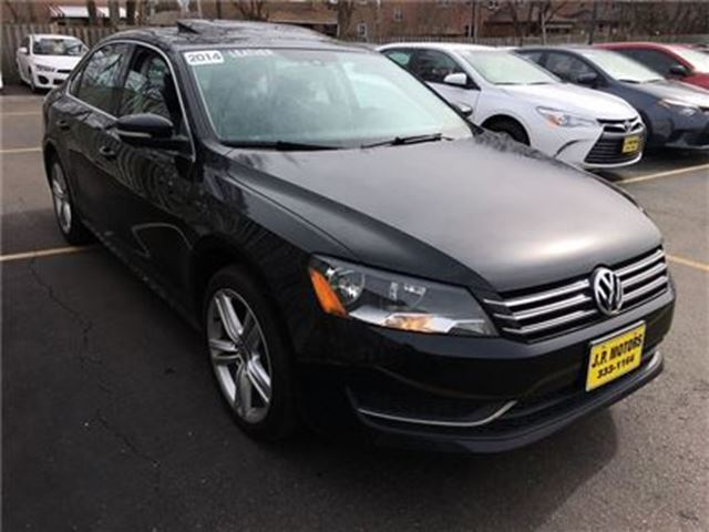 2014 volkswagen passat 2 5l comfortline automatic. Black Bedroom Furniture Sets. Home Design Ideas