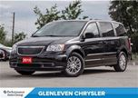 2016 Chrysler Town and Country Touring-L, Bluetooth, Leather, Remote start in Oakville, Ontario