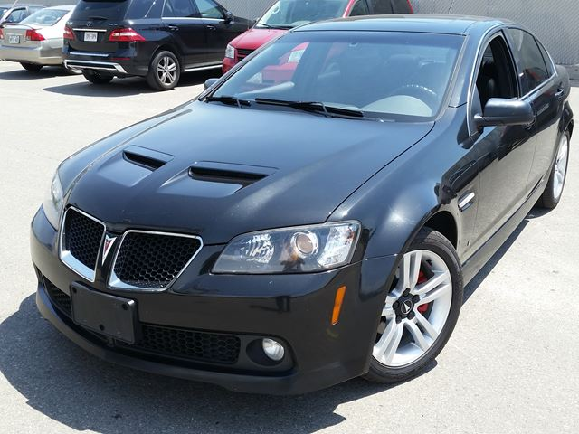 used pontiac g8 for sale in saskatoon sk autogo. Black Bedroom Furniture Sets. Home Design Ideas