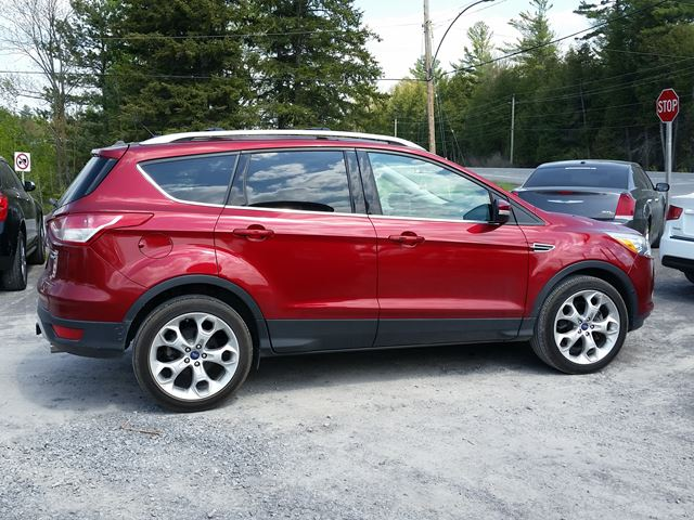 2013 ford escape titanium rockland ontario car for sale 2546643. Black Bedroom Furniture Sets. Home Design Ideas