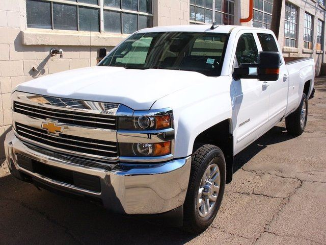 2016 chevrolet silverado 3500hd lt crew cab 4x4 6 0l engine 8 foot box low km finance available. Black Bedroom Furniture Sets. Home Design Ideas