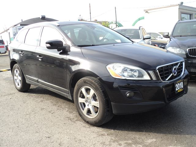 2010 VOLVO XC60 PANORAMIC SUN ROOF in Oakville, Ontario