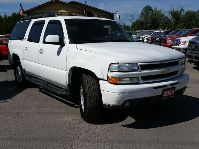 2004 chevrolet suburban z71 off road 4x4 ottawa ontario. Black Bedroom Furniture Sets. Home Design Ideas