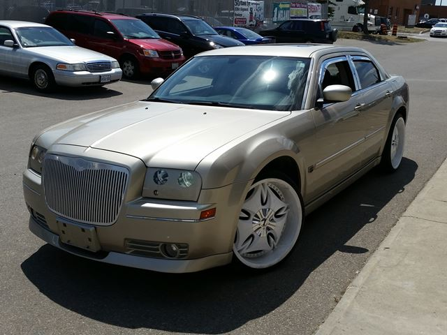 2006 chrysler 300 touring brampton ontario used car for sale 2558450. Cars Review. Best American Auto & Cars Review