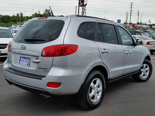 2009 hyundai santa fe gl fwd brantford ontario used car. Black Bedroom Furniture Sets. Home Design Ideas