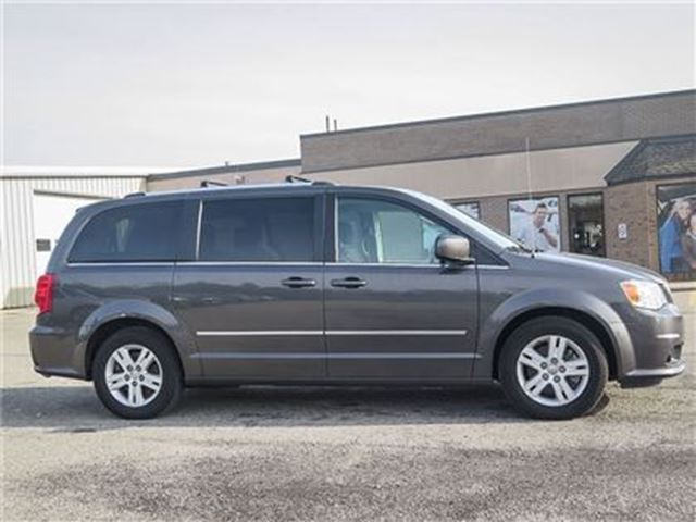 2016 dodge grand caravan crew stow and go bluetooth heated seats fonthill ontario used car. Black Bedroom Furniture Sets. Home Design Ideas