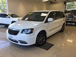 2015 Chrysler Town and Country S CUIR GPS DVD BLUETOOTH CAMn++RA MAGS Dn++MARREUR in Joliette, Quebec