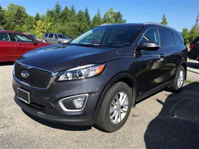 2016 kia sorento 2 4l lx fonthill ontario used car for sale 2566441. Black Bedroom Furniture Sets. Home Design Ideas
