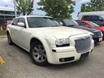 2006 Chrysler 300 Touring in Mississauga, Ontario