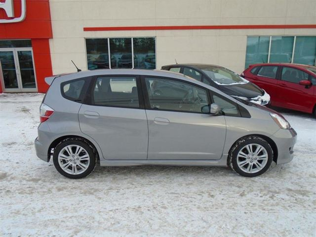 used 2010 honda fit sport summerside. Black Bedroom Furniture Sets. Home Design Ideas