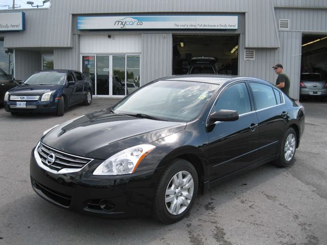 2012 nissan altima 2 5 s kingston ontario used car for. Black Bedroom Furniture Sets. Home Design Ideas