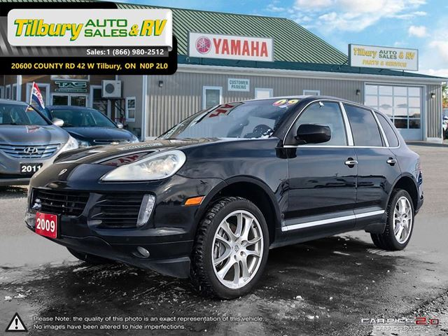 2009 PORSCHE CAYENNE LUXURY. LEATHER. LOADED. in Tilbury, Ontario