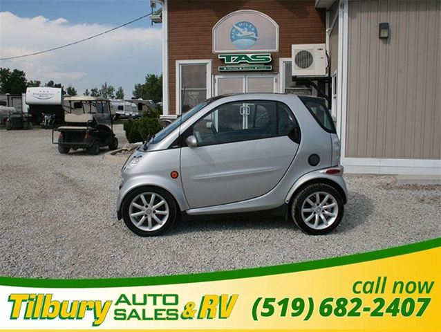 2005 SMART FORTWO Moon Roof ** AS IS** in Tilbury, Ontario