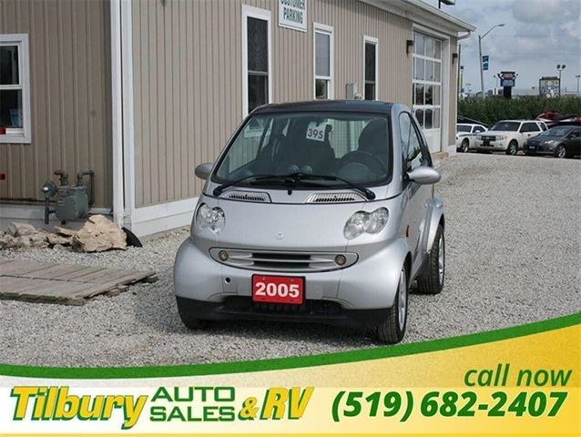 2005 smart fortwo moon roof as is silver for 3999 in for 3999 roof