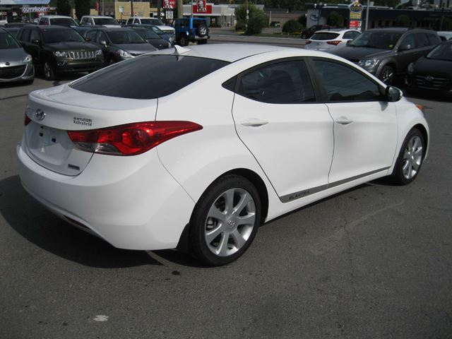 2012 hyundai elantra limited kingston ontario used car. Black Bedroom Furniture Sets. Home Design Ideas