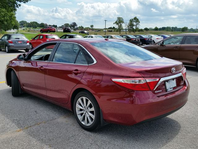 2016 toyota camry xle red race toyota. Black Bedroom Furniture Sets. Home Design Ideas