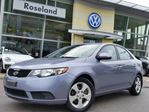 2010 Kia Forte EX 5spd w/Sunroof  in Burlington, Ontario