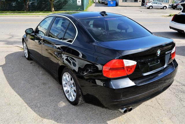 2006 bmw 3 series 330xi leather sunroof brampton. Black Bedroom Furniture Sets. Home Design Ideas