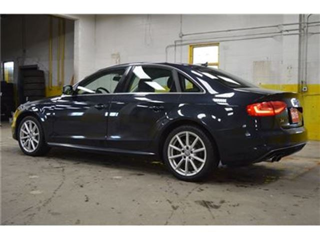2015 audi a4 quattro progressiv plus s line ottawa ontario used car for sale 2574402. Black Bedroom Furniture Sets. Home Design Ideas