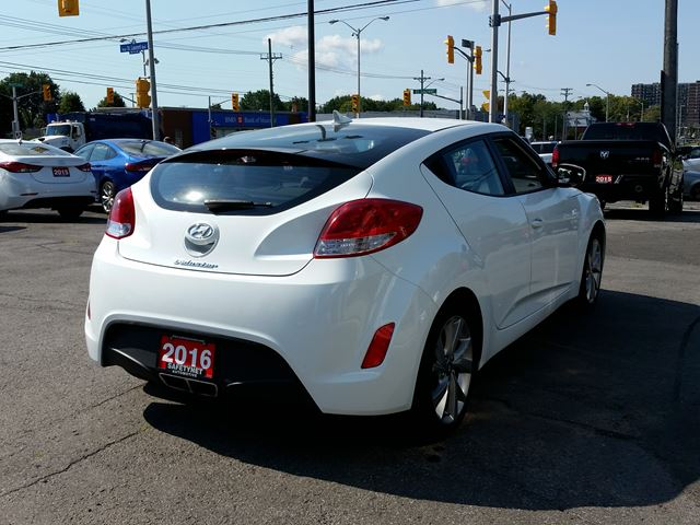 2016 hyundai veloster ottawa ontario used car for sale 2575635. Black Bedroom Furniture Sets. Home Design Ideas