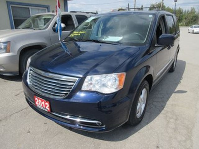 2012 chrysler town country loaded touring edition 7. Black Bedroom Furniture Sets. Home Design Ideas