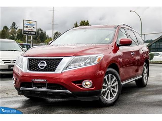 2015 Nissan Pathfinder SV Heated Seats and Heated Steering Wheel in Coquitlam, British Columbia