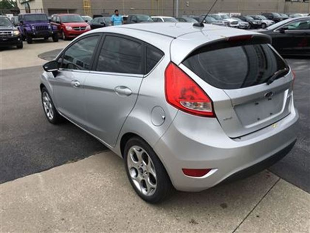 2011 ford fiesta ses leather sunroof alloys niagara. Black Bedroom Furniture Sets. Home Design Ideas