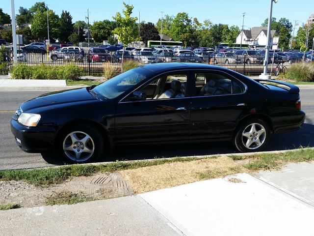 2003 acura tl brampton ontario used car for sale 2580320. Black Bedroom Furniture Sets. Home Design Ideas