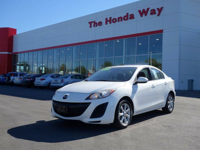 2011 MAZDA MAZDA3 GX AUTO in Abbotsford, British Columbia