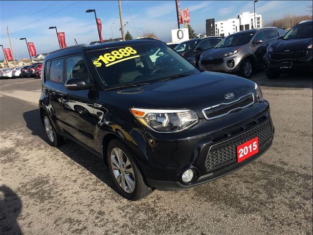 2015 kia soul ex heated seats bluetooth alloys grimsby ontario used car for sale 2580576. Black Bedroom Furniture Sets. Home Design Ideas