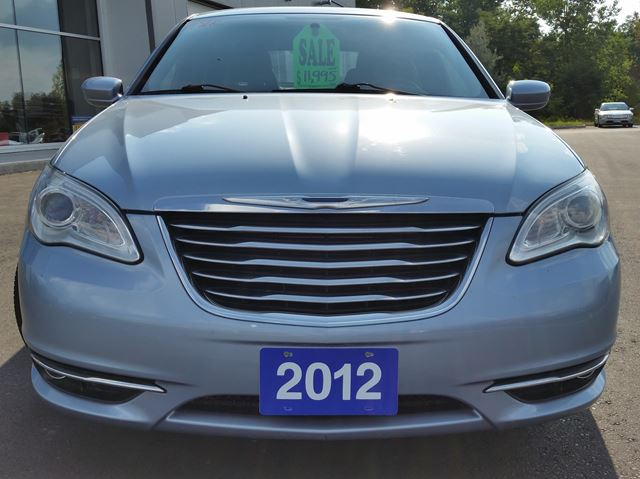 2012 chrysler 200 touring brantford ontario car for. Black Bedroom Furniture Sets. Home Design Ideas