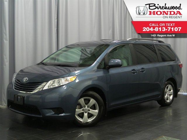 2016 toyota sienna le blue birchwood honda regent. Black Bedroom Furniture Sets. Home Design Ideas