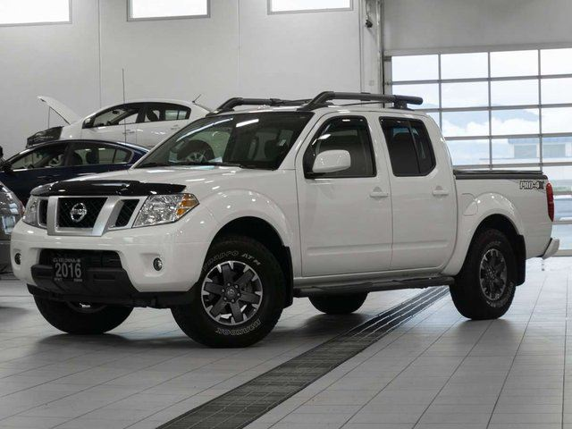 2016 nissan frontier crew cab pro 4x 4x4 white kelowna infiniti nissan. Black Bedroom Furniture Sets. Home Design Ideas