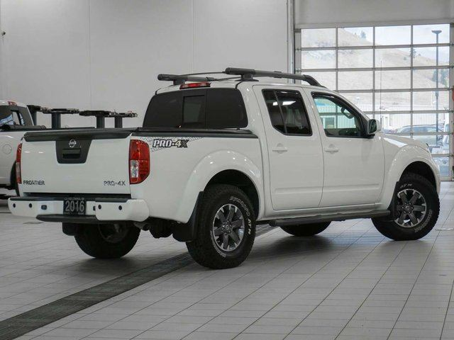 2016 nissan frontier crew cab pro 4x 4x4 white kelowna infiniti nissan niagara this week. Black Bedroom Furniture Sets. Home Design Ideas