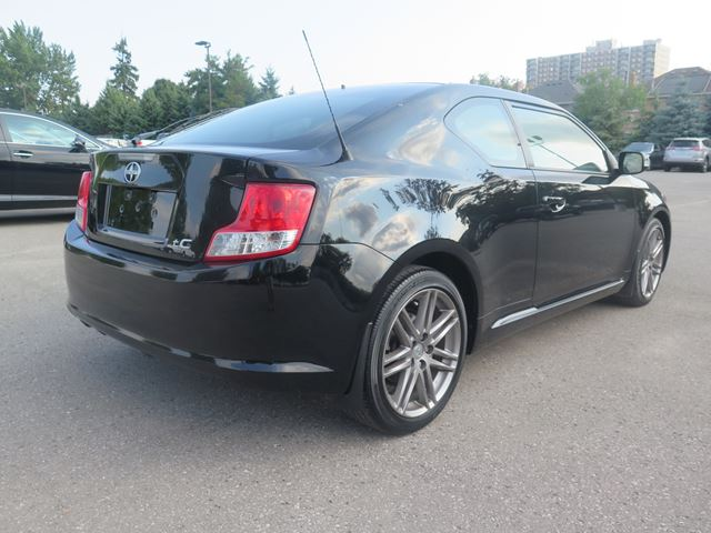 2013 scion tc auto whitby ontario used car for sale 2582159. Black Bedroom Furniture Sets. Home Design Ideas