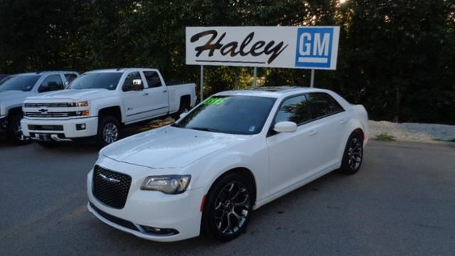 2015 CHRYSLER 300 300S in Sechelt, British Columbia