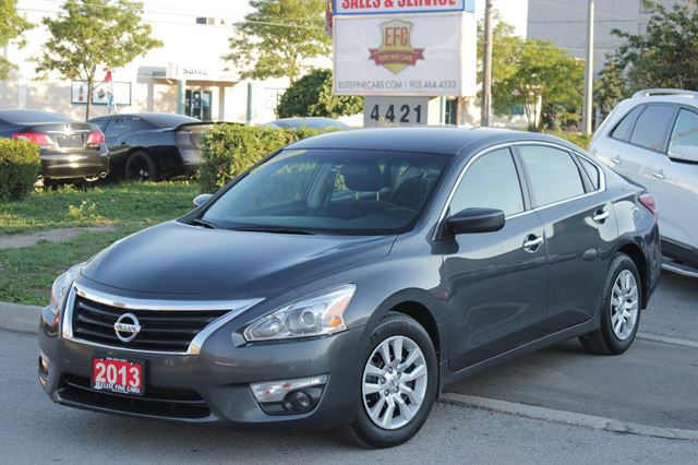 2013 nissan altima 2 5 s burlington ontario car for sale 2582940. Black Bedroom Furniture Sets. Home Design Ideas