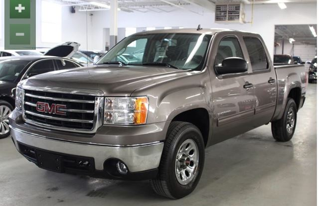 2013 GMC SIERRA 1500 SLE / CREW CAB / 5.3 ENGINE  in North York, Ontario