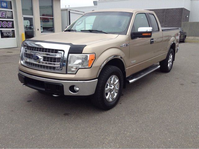 2014 FORD F-150 4WD SUPERCAB in Prince George, British Columbia
