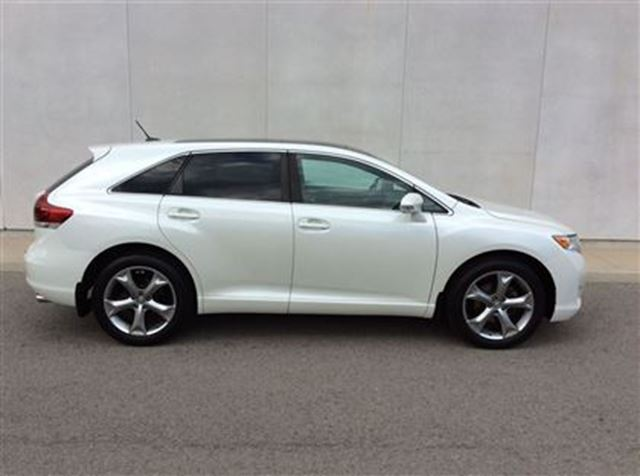 2013 toyota venza xle welland ontario used car for sale. Black Bedroom Furniture Sets. Home Design Ideas