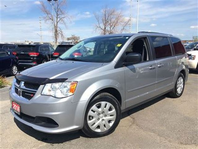 2016 dodge grand caravan sxt full stow and go power windows power locks silver ontario. Black Bedroom Furniture Sets. Home Design Ideas