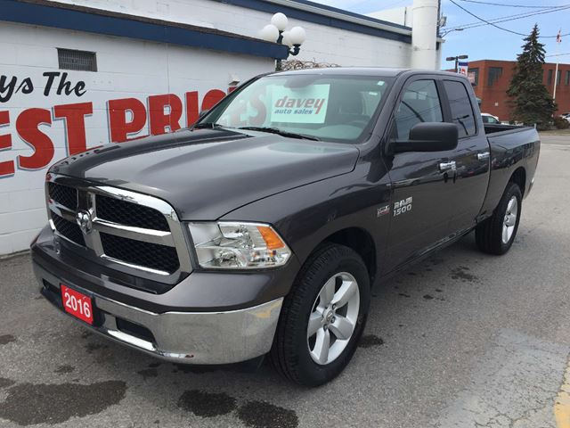 2016 dodge ram 1500 slt 4x4 quad cab 5 7l hemi oshawa ontario used car for sale 2587172. Black Bedroom Furniture Sets. Home Design Ideas