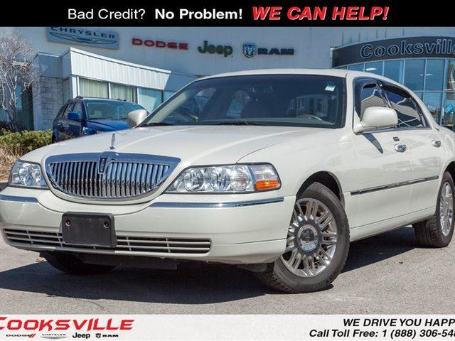 2007 lincoln town car signature limited low km beige cooksville dodge chrysler jeep ram. Black Bedroom Furniture Sets. Home Design Ideas