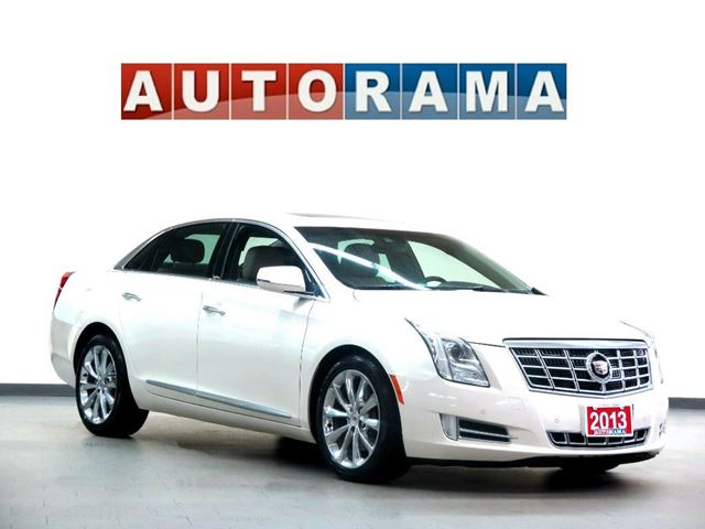 2013 CADILLAC XTS LUXURY COLLECTION NAVIGATION AWD BACK UP CAM LE in North York, Ontario