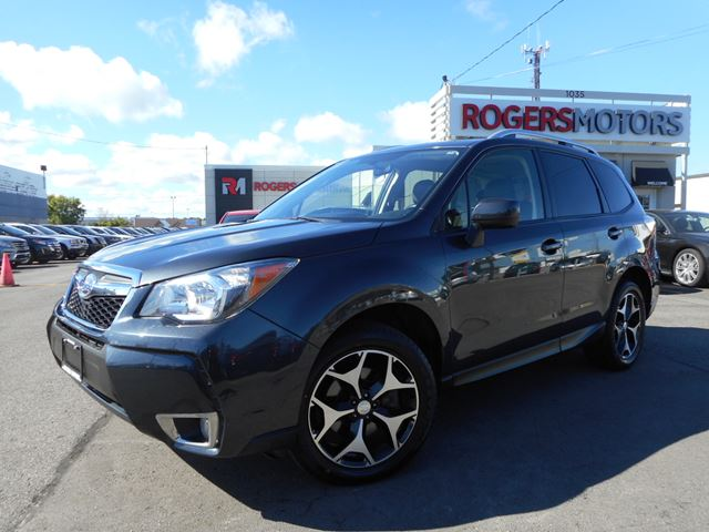 2015 subaru forester 2 0xt panoramic roof gray rogers motors. Black Bedroom Furniture Sets. Home Design Ideas