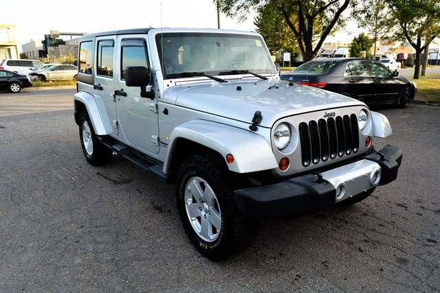 2012 jeep wrangler unlimited sahara no accident history brampton ontario used car for sale. Black Bedroom Furniture Sets. Home Design Ideas
